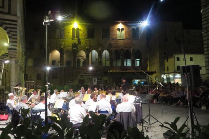koncert_na_placu_w_pistoi_moja_toskania