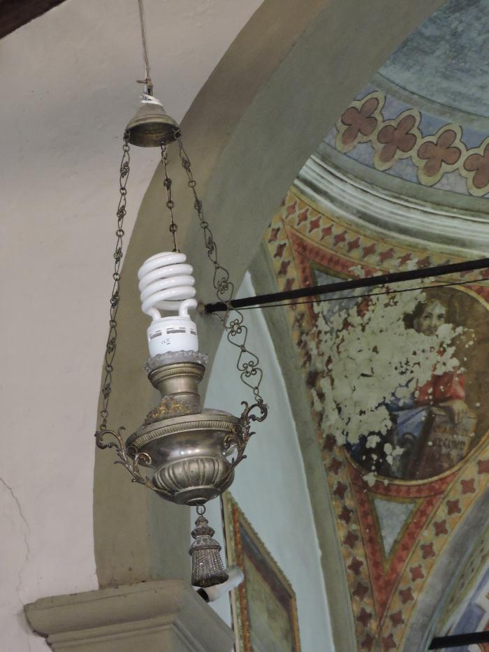 oswietlenie_kosciola_w_melo_moja_toskania