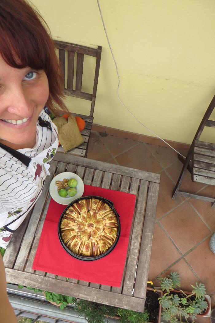 aleksandra_seghi_ciasto_z_figami_jablkami_orzechami_wloskimi_moja_toskania