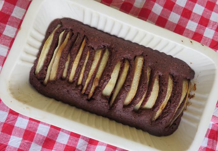 ciasto_czekoladowe_z_gruszka_i_orzechami_moja_toskania