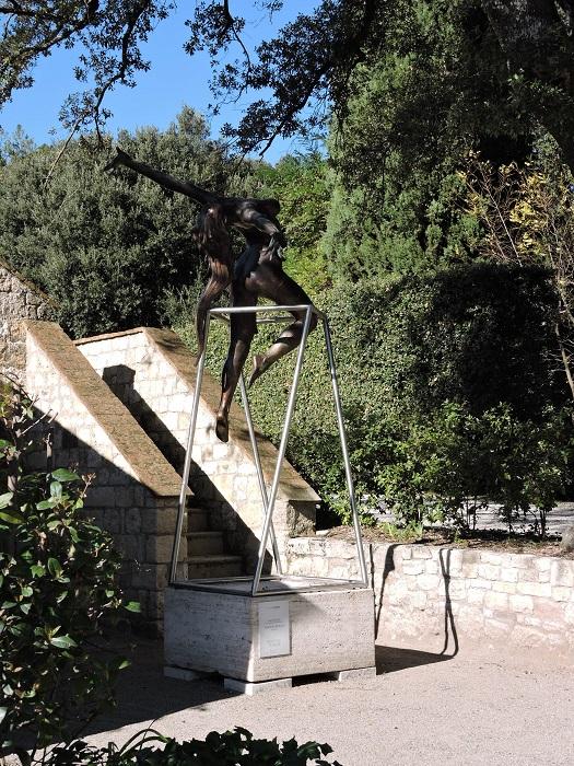 rzezba_kobiety_borgo_pignano_moja_toskania