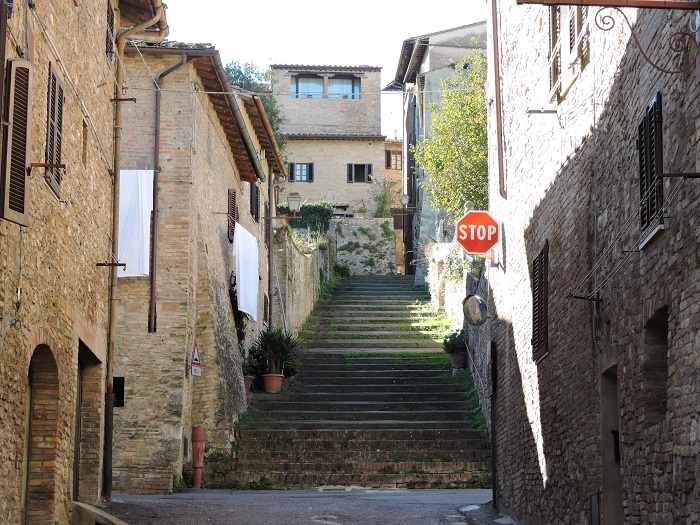 schody_san_gimignano_moja_toskania