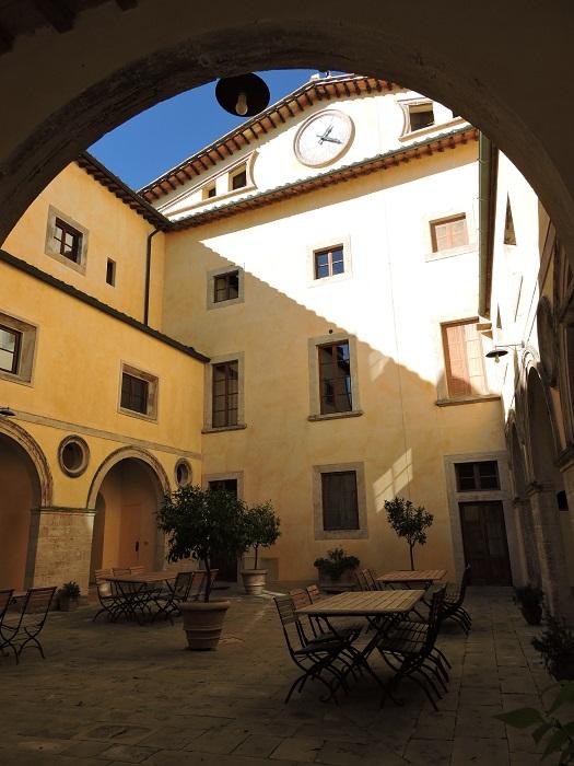wnetrze_borgo_pignano_moja_toskania