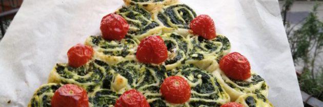 Choinka bożonarodzeniowa z ciasta francuskiego