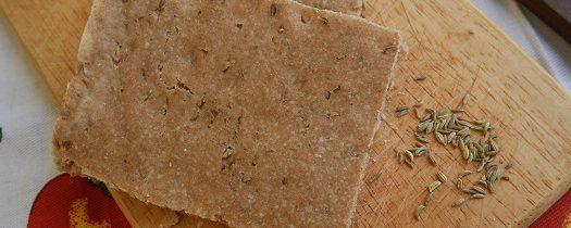Schiacciata gryczana z suszonym koprem włoskim